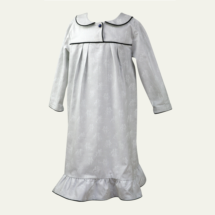 nightgown_edda